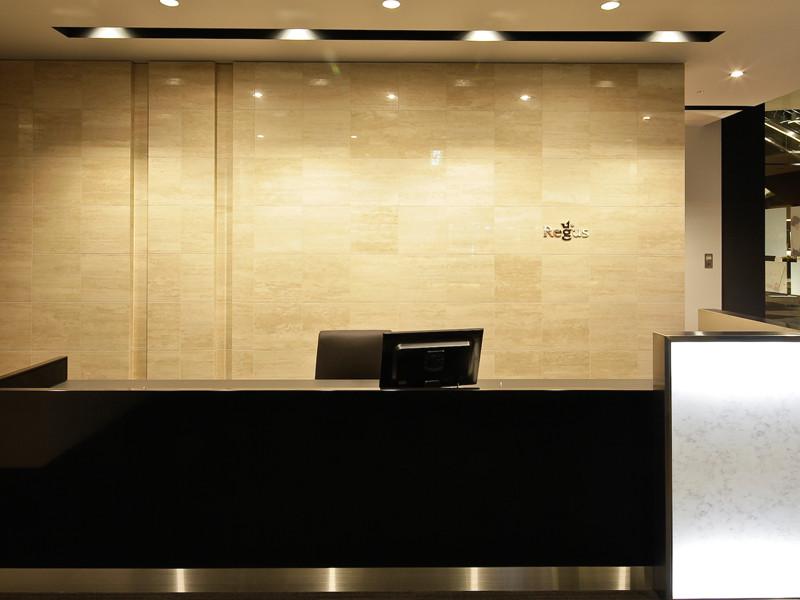 リージャス新宿イーストサイドのオフィス内部の画像「フロント」