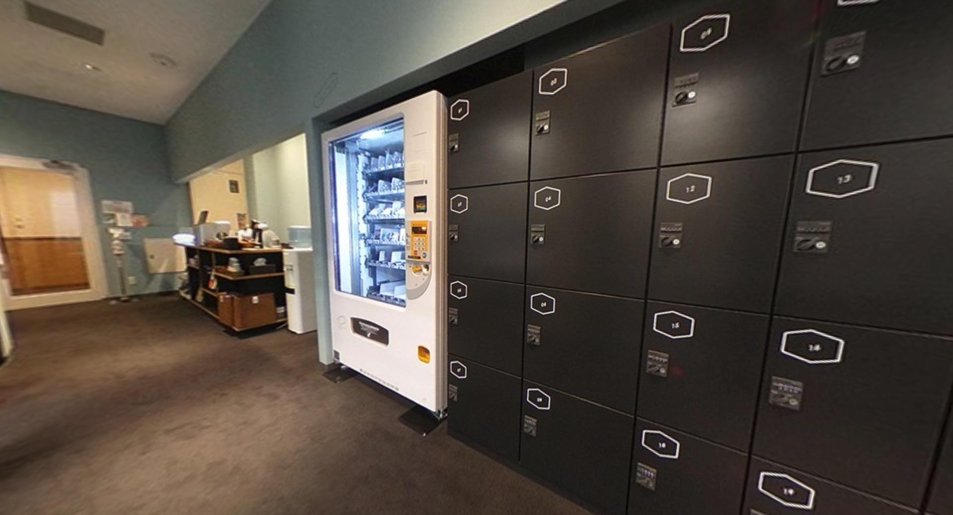 ワークスタイリング霞が関のオフィス内部の画像「ロッカー」