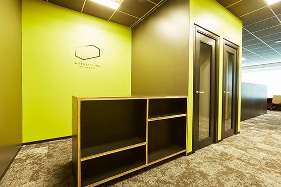 ワークスタイリング秋葉原のオフィス内部の画像「フロント」
