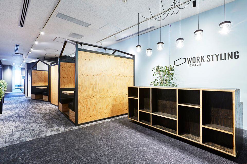 ワークスタイリング飯田橋のオフィス内部の画像「フロント」